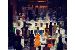 Der heisseste Gin des Winters in der Ampulle Bar in Stuttgart!
