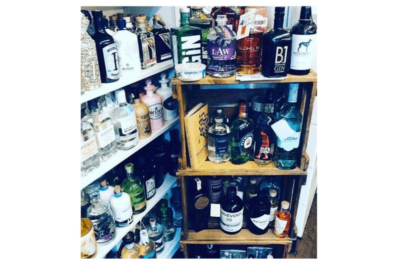 Du suchst nach einem Rezept für Glüh-Gin? Vergiss es. Glühgin - Das Original ist der ideale Glühgin.